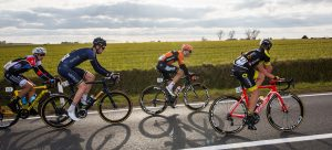 ON Fahrrad Großhandel - Supacaz |Challenge Reifen | FastForward Laufräder